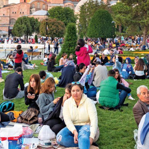 Ramazan'da Alışveriş Sepeti Nelerle Doluyor?